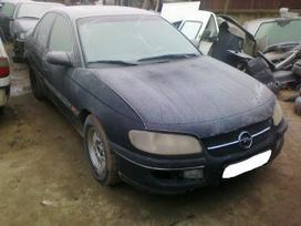 Opel Omega dalimis. Superkame defektuotus