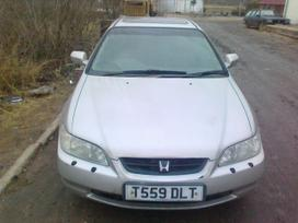 Honda Accord dalimis. Honda accord coupe 2000