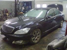 Mercedes-Benz S klasė dalimis. Turiu daugiau auto dalių. galiu