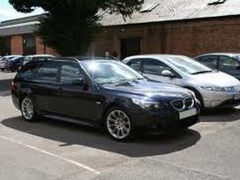 BMW 525 dalimis. Panorama-pusiau oda-xenonai
