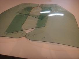Ford Escort stiklai