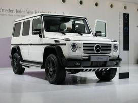 Mercedes-benz G klasė dalimis. prekiaujame