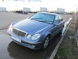 Mercedes-benz E320. Avantgarde, xenon, navi,