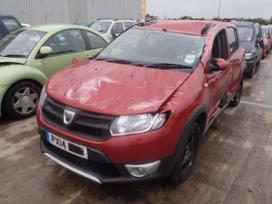 Dacia Sandero. Siunciam auto detales i kitus