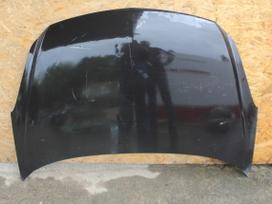 Opel Corsa dalimis. Detalių pristatymas