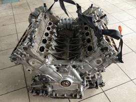 Audi S8. Audi s8 variklis dalimis !