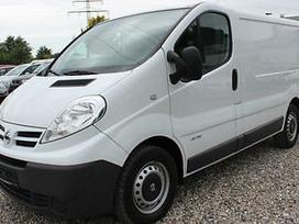 Nissan Primastar, keleiviniai mikroautobusai