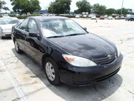 Toyota Camry. 2002-2006 camry dalimis