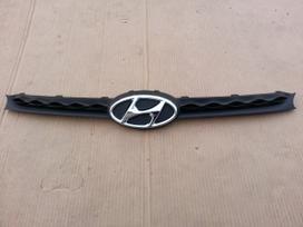 Hyundai i10. Grotelė žibintas l+r halogenas