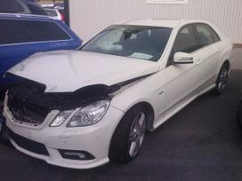 Mercedes-benz E250 dalimis. Automomobilio