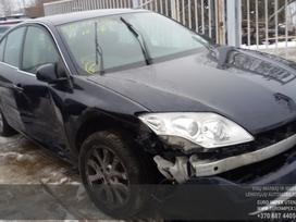 Renault Laguna dalimis. Automobilis ardomas