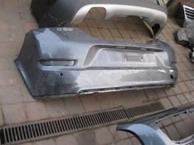 Volvo C30. Radijatoriai-galinis buferis-