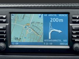 -Kita- 2017 Mercedes, Bmw, Lexus ir kt mark.
