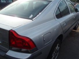 Volvo S60. Dalimis: volvo 2000-2004m, s 60,v