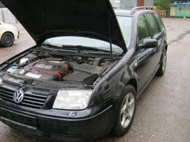 Volkswagen Bora dalimis. Odinis sildomas juodos spalvos salonas,,