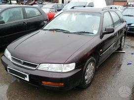 Honda Accord. Honda accord aerodeck 1997m,4el