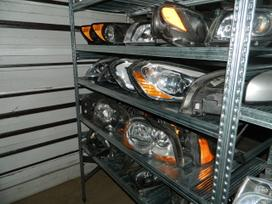 Volvo Xc90 žibintai