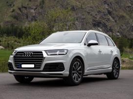 Audi Q7 dalimis. Detales tik idealios bukles