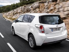 Toyota Verso dalimis. ! naujos originalios