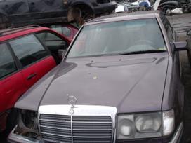 Mercedes-benz 124. Dalimis