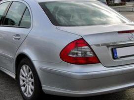Mercedes-benz 211 dalimis. Pigios kėbulo