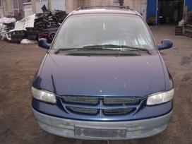 Chrysler Voyager. Dalimis
