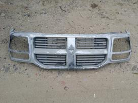Dodge Nitro apdailos grotelės
