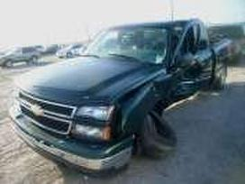 Chevrolet Silverado dalimis. Used and new