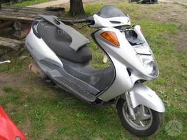 Honda Pantheon, motoroleriai / mopedai