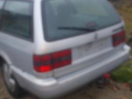 Volkswagen Passat dalimis. 81kw penkiaskyle vaziuokle. skambinti