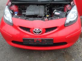 Toyota Aygo dalimis. Pusiai automatine