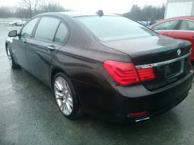 BMW 7 serija. Automobilis parduodamas dalimis  didelis naujų
