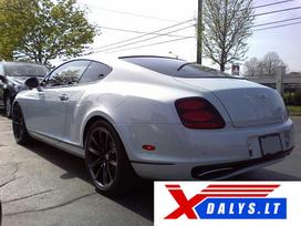 Bentley Continental dalimis.