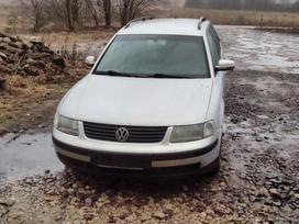 Volkswagen Passat for parts. Parduodamas dalimis vw passat 1, 9