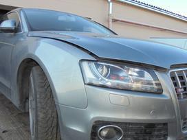 Audi A5 dalimis. Turejom automata ir mechanine