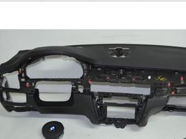 Bmw X6 oro pagalvės, saugos diržai