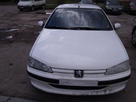 Peugeot 406. Dalimis