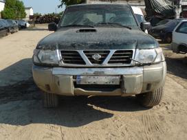 Nissan Patrol. Daugiau šio automobilio daliu
