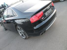 Audi S8 dalimis. Naujai ardomas labai geros