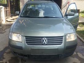 Volkswagen Passat. Variklio kodas: awt  europa iš šveicarijos(