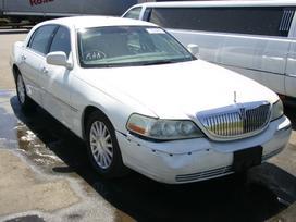 Lincoln Town Car dalimis. 2003-2011 dalys.