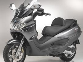 Piaggio X9, motoroleriai / mopedai