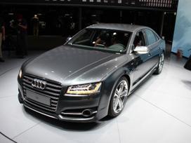 Audi S8. ! naujos originalios dalys !