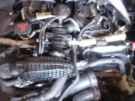Jaguar S-type. Tik variklis su pavaru deze