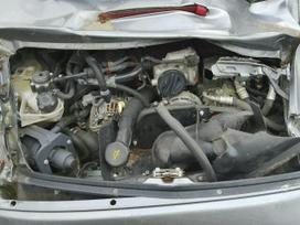 Porsche 911 dalimis. Viskas kas matosi