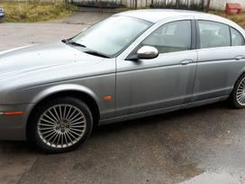 Jaguar S-type. Variklio kodas: ajd-v6