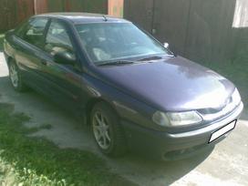 Renault Laguna dalimis.  s.batoro