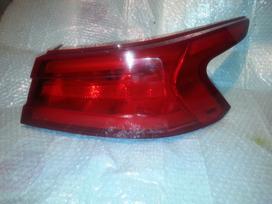 Nissan Maxima. Nissan maxima right led tail
