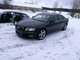 Audi A8. Turimas šio automobilio bei kitų audi a8 (d3) detalių
