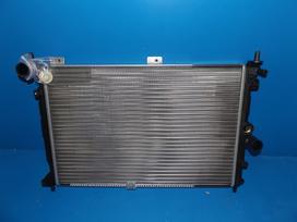 Opel Astra radiatorius